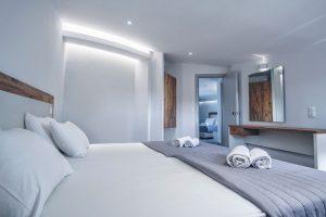 islandkavos superior room 01 1024x682